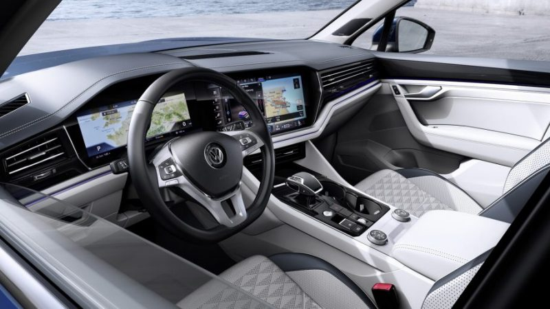 2019 VW Touareg Is Bigger, Lighter And Packs A Massive Display Inside